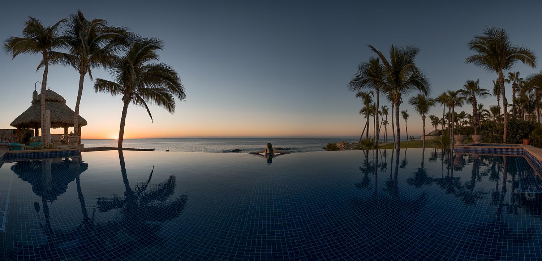 Villa Cortez Infinity Pool