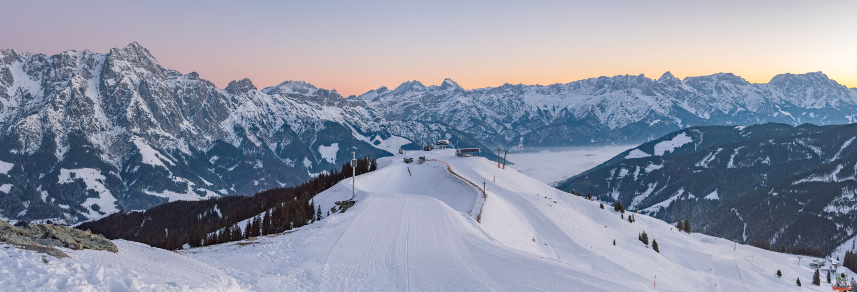 Skigebiet Leogang vor Sonnenaufgang