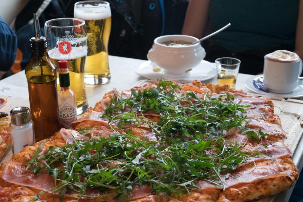 Pizza für Drei
