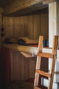 Hütte am Segnespass