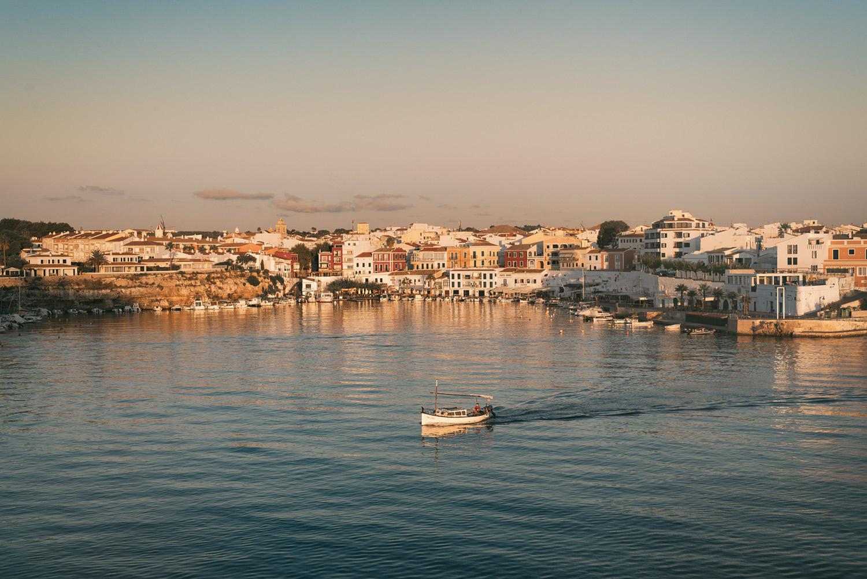 Ankunft in Mahon, Menorca